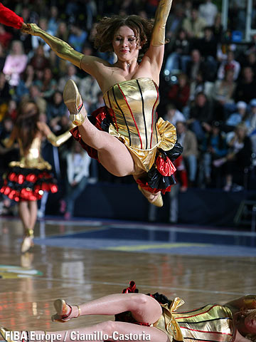 Cheerleaders at the EuroCup Final Four